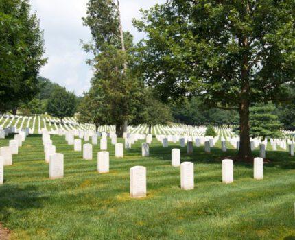 Nagrobek – sposób uhonorowania zmarłego