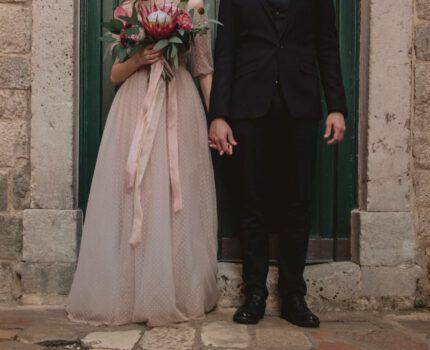Modne sukienki do ślubu cywilnego